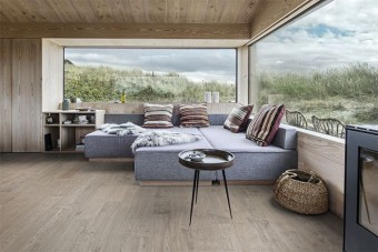 Oak Shore - a 1-strip wood floor with the new innovative ultra-matt lacquer from Kährs